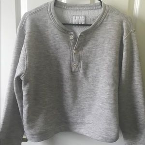 Gray pullover with 3 buttons
